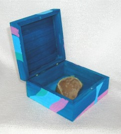 Relic (front view) | wood box, paint and tennis ball | 2004